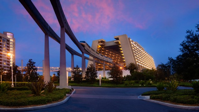 contemporary-resort-gallery01