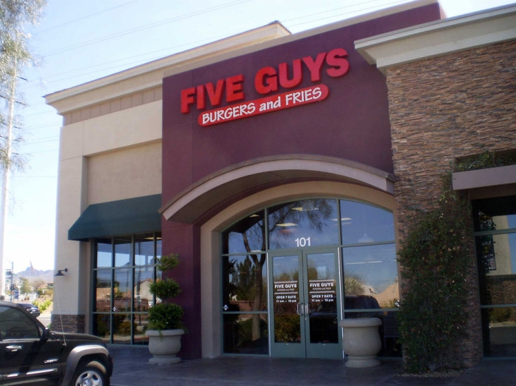 five-guys-vegas-wars